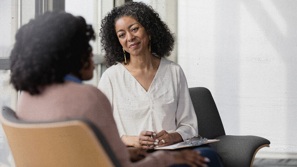 Recognizing when to seek help from a mental health therapist